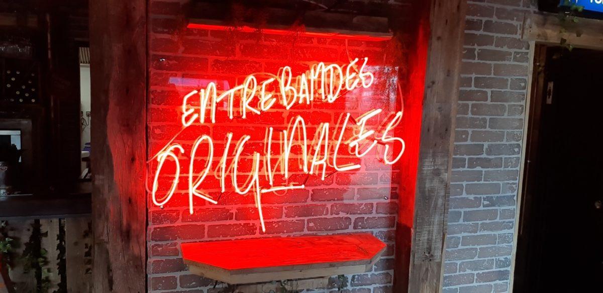 Plastimage - concepteur et fabriquant d'enseignes néon à Narbonne & Occitanie - entre bandes