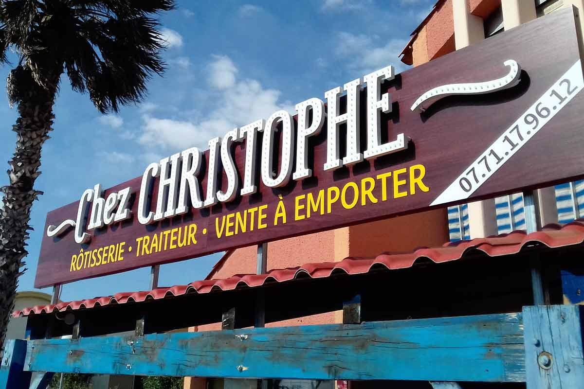 Plastimage - concepteur et fabriquant d'enseignes à Narbonne & Occitanie - Chez Christophe