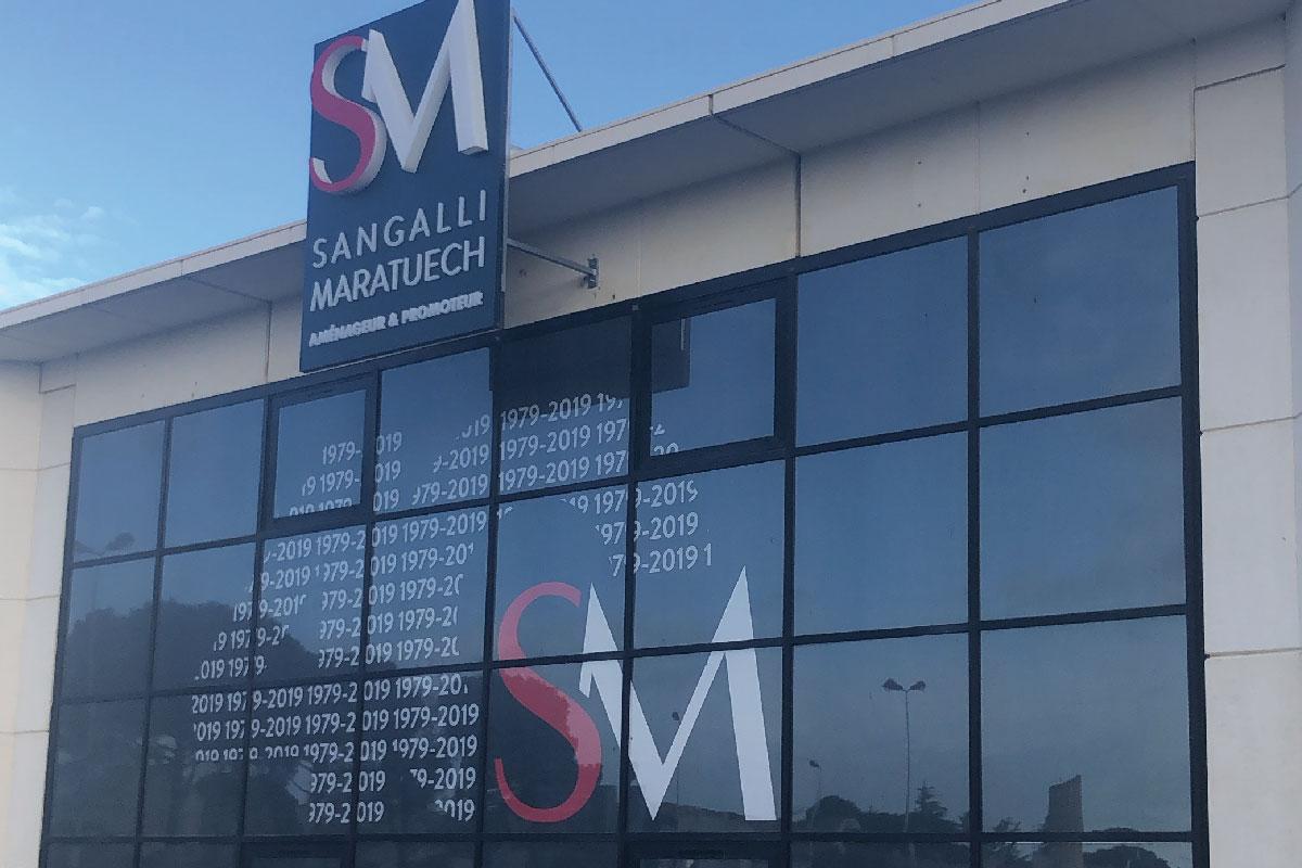 Plastimage - concepteur et fabriquant enseignes plexi PMMA à Narbonne & Occitanie - SM Sangalli Maratuech