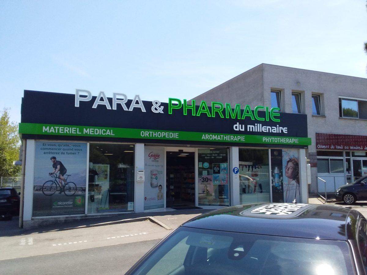Plastimage – concepteur et fabricant d'enseignes de pharmacies à Narbonne et en Occitanie - Pharmacie Millenaire